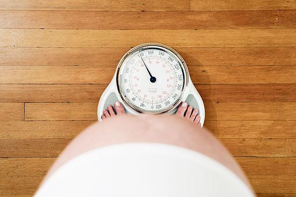đau xương chậu khi mang thai 3 tháng đầu