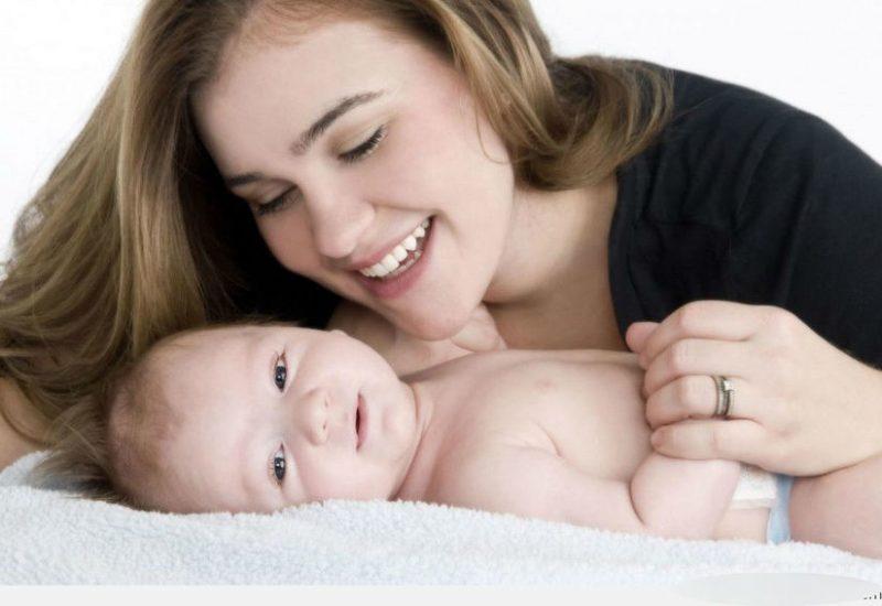 mẹo chữa nấc cụt cho trẻ sơ sinh
