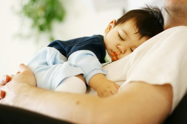 trẻ không chịu ngủ trưa