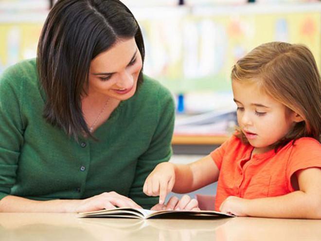 Dạy con thói quen đọc sách