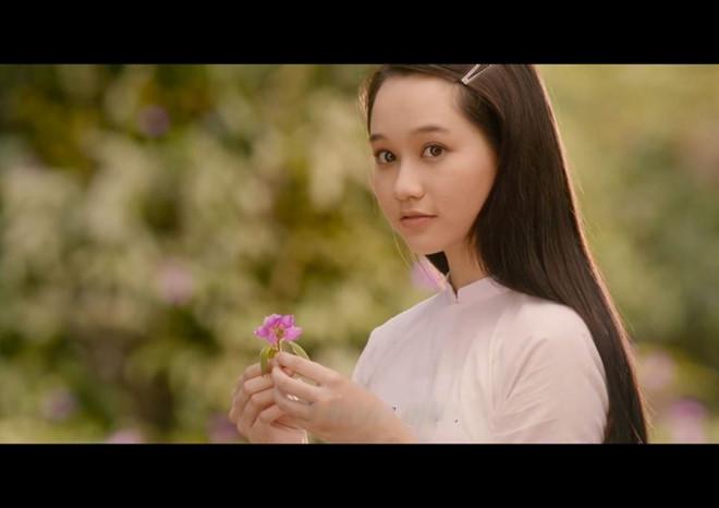 Trúc Anh vai Hạ Lan