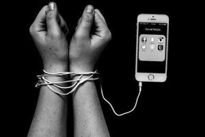 tác hại của điện thoại